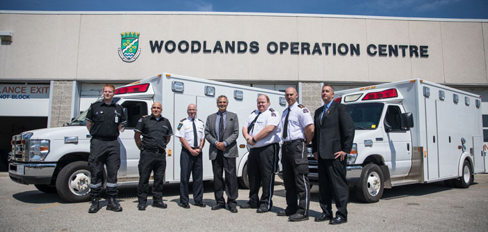 Left to right: Matthew Rivest, Lieutenant, St. John Ambulance Oakville-Milton and Halton Hills; Vince Cicero, Unit Chief, St. John Ambulance Oakville-Milton and Halton Hills; Greg Sage, Chief, Paramedic Services, Halton Region; Gary Carr, Halton Regional Chair; Trent Ralston, Volunteer Unit Chief, St. John Ambulance Burlington; Dan Butcher, Deputy Chief—Fleet, St. John Ambulance Burlington; Tim Bauer, Branch Manager, St. John Ambulance Oakville-Milton and Halton Hills.