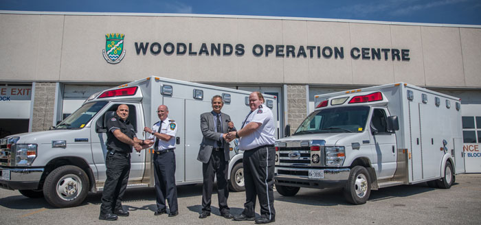 Left to right: Vince Cicero, Unit Chief, St. John Ambulance Oakville-Milton and Halton Hills; Greg Sage, Chief, Paramedic Services, Halton Region; Gary Carr, Halton Regional Chair; and Trent Ralston, Volunteer Unit Chief, St. John Ambulance Burlington.